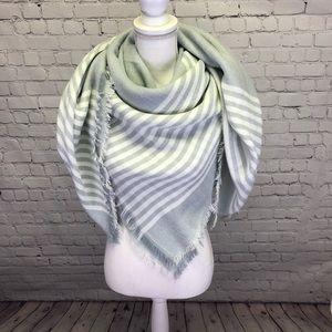 Accessories - NWOT Gray & White Stripe Blanket Scarf